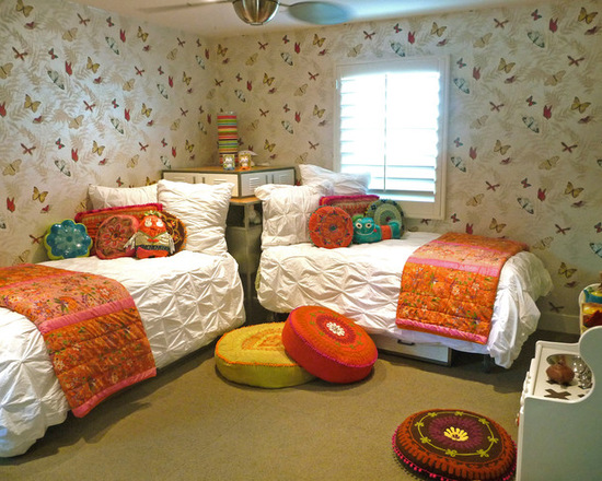 Twin beds kids room