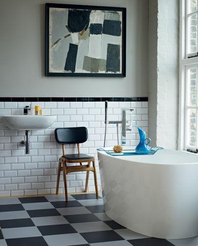 Bathroom with exotic wood veneers