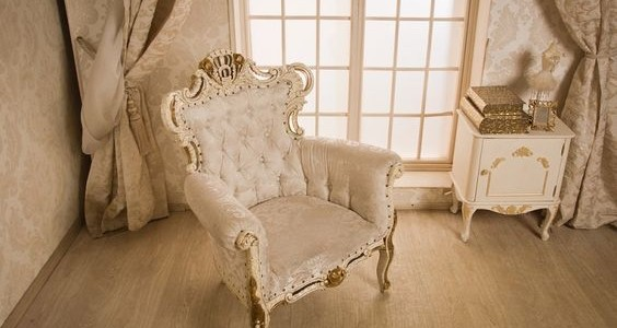 How to Carry Out Antique Chair Restoration?