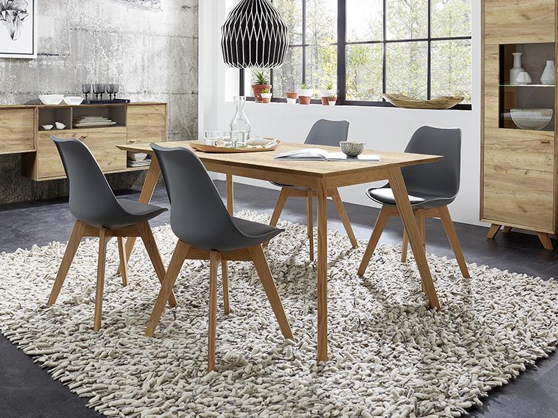 oak-wood-funiture-interior