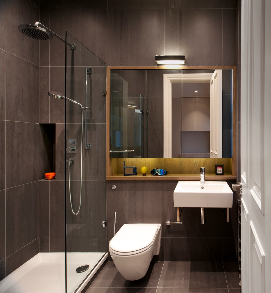 white bathroom fixtures