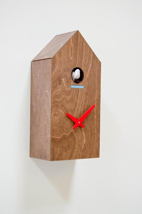 hut shape clock