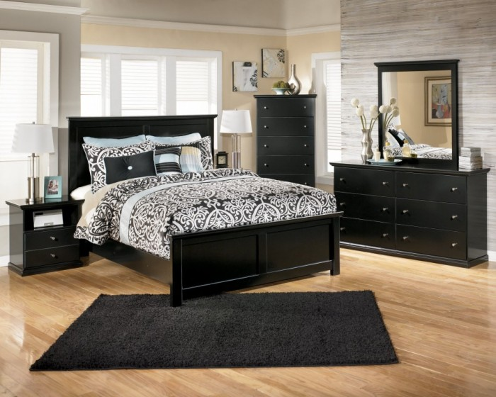 Traditional Wooden Bedroom Furniture