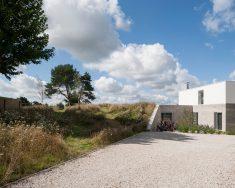 Modern House Design And landscape