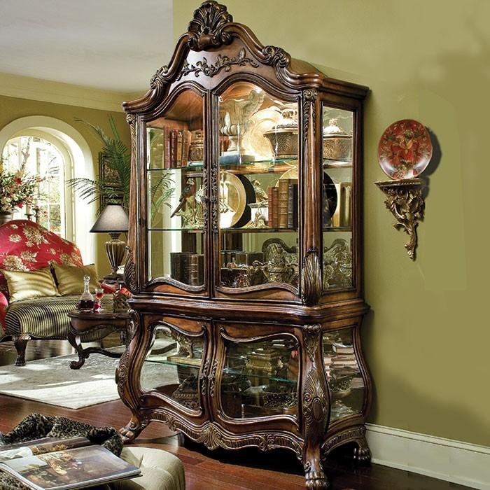Sauvignon Victorian style Curio Design