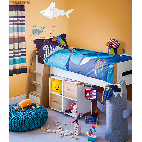 15 ways to create girl 39 s room designs for Hampers for kids rooms