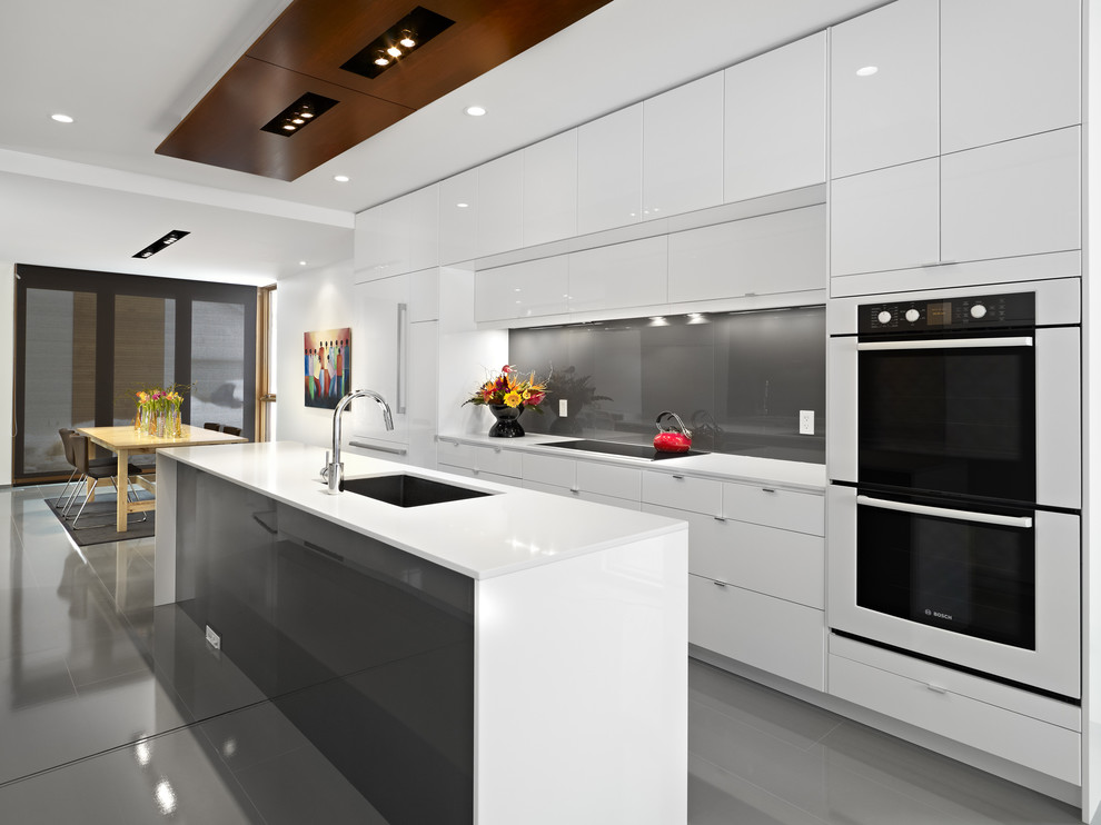 long white countertop