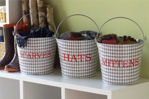 Vintage style dogtooth buckets