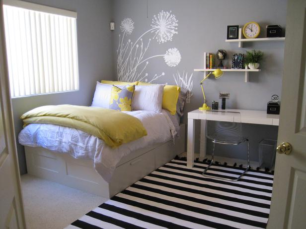 Yellow and white Teen Bedroom